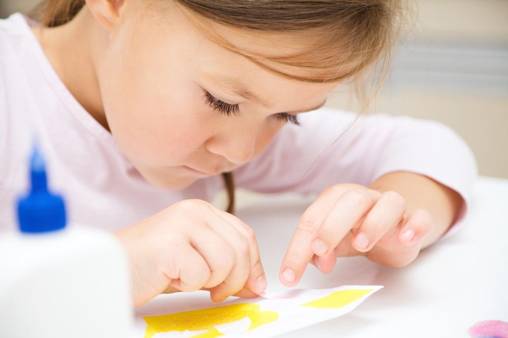Preschool girl doing curriculum - homeschool regret