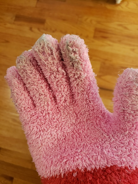 Reusable dust gloves for homeschool moms to clean house