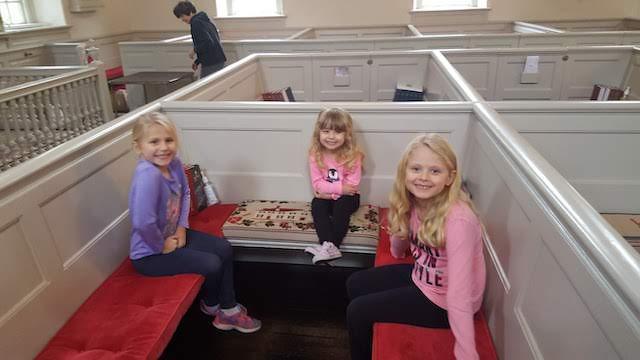 homeschool kids on a free field trip