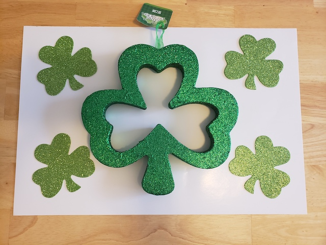 Shamrocks for tracing
